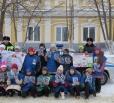 Вольским водителям дарили новогодние игрушки